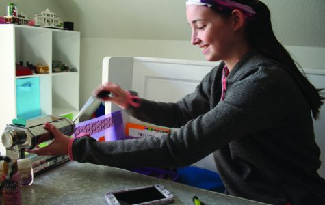 Senior creates clay charms, expresses herself