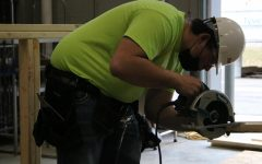 Navigation to Story: Students go head-to-head in construction competition